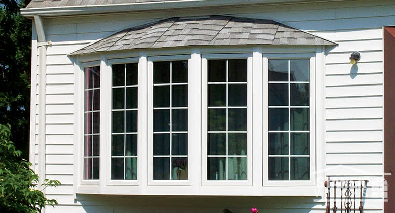 Houses With Bow Windows : Vinyl bow windows photo gallery stanek replacement